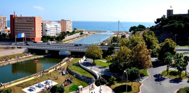 plaza-fluvial